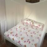 afsluitbare-slaapkamer-cantina-met-2-persoonsbed